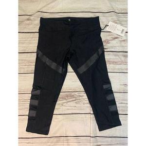 90 Degree Black Capri Mesh Side  XL NWT